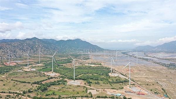 Dự án điện gió 7A và thủy điện Sông Tranh 4 bắt đầu phát điện thương mại