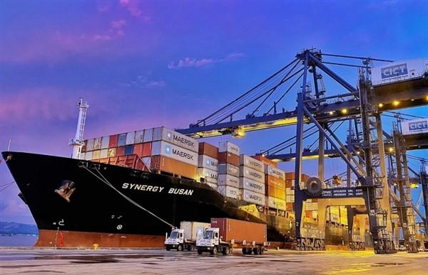 Quảng Ninh: Tàu container của hãng tàu lớn nhất thế giới liên tiếp cập cảng Cái Lân