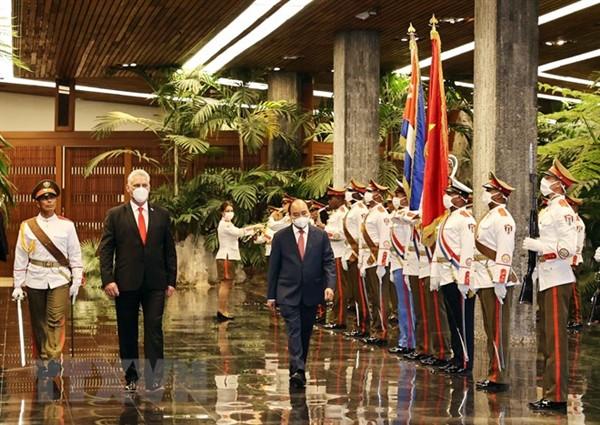 Chủ tịch Cuba chủ trì lễ đón, hội đàm với Chủ tịch nước Nguyễn Xuân Phúc