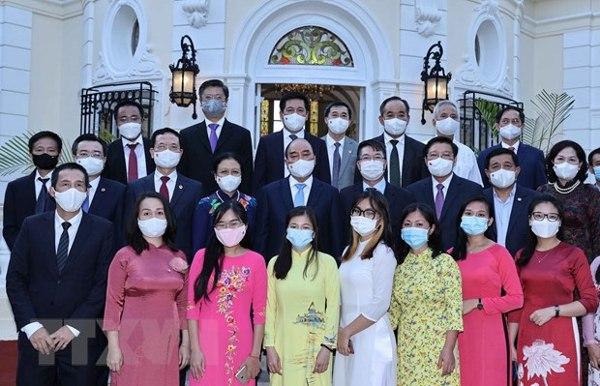 Chủ tịch nước Nguyễn Xuân Phúc thăm cộng đồng người Việt Nam tại Cuba