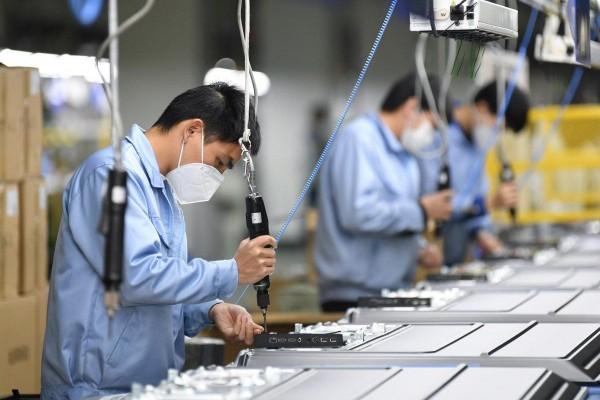 """Bình Dương: Hơn 3.000 nhà máy giữ nhịp sản xuất nhờ thực hiện """"3 tại chỗ"""""""
