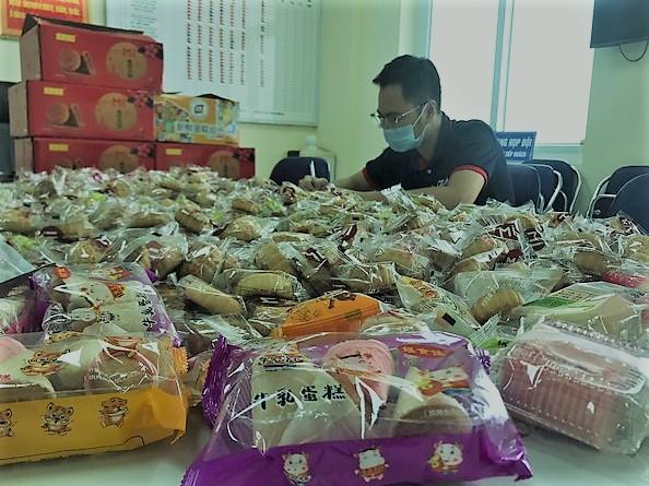Hà Nội: Thu giữ 5.000 chiếc bánh Trung thu không nguồn gốc sắp tuồn ra thị trường