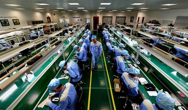 Kịp thời tháo gỡ vướng mắc về thể chế cho doanh nghiệp, người dân bị ảnh hưởng bởi dịch bệnh