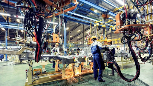 """Kinh tế Việt Nam năm 2021 đang phát triển theo hình chữ """"K"""""""
