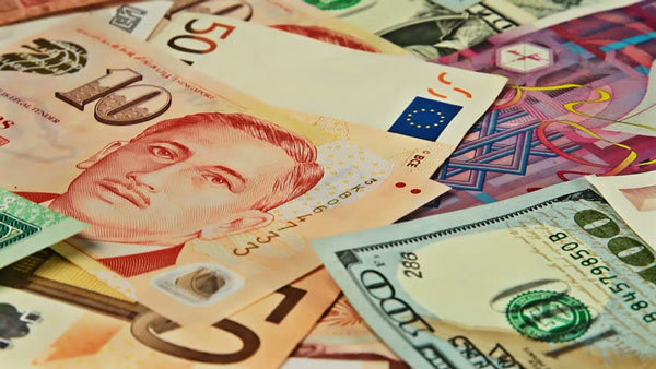 Tỷ giá ngoại tệ hôm nay 15/10: Đồng USD hạ nhiệt